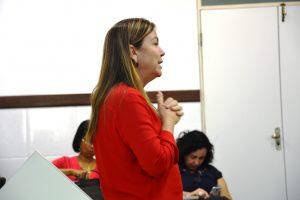 A professora Cristina d'Ávila é uma das coordenadoras do projeto