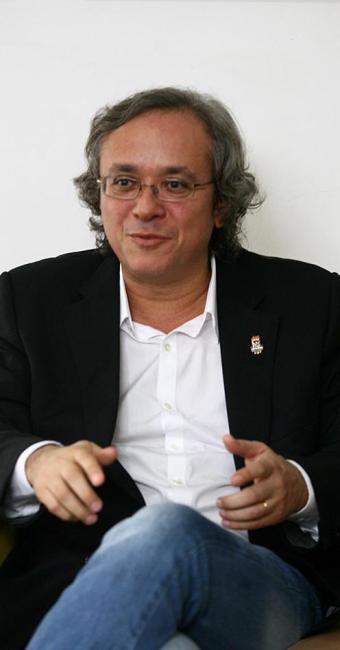 João 340x650_reitor-joao-salles_1648985