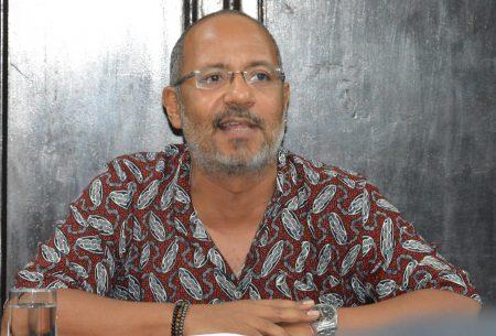 Osmundo Pinho criticou a reação de parcela da população privilegiada que se incomodou com a reivindicação de direitos por grupos sociais tradicionalmente excluídos