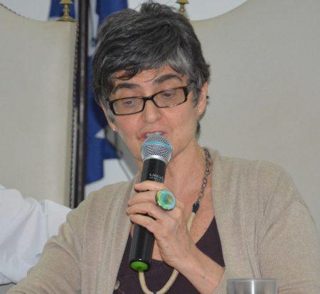 """""""A noção de Estado laico é de fundamental importância para o Estado Democrático"""", pontou a teóloga Marizelha Garcia"""