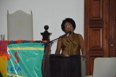 Marizelha Lopes, do Movimento de Pescadores e Pescadoras Artesanais, denunciou crimes ambientais na Ilha dos Frades e entorno