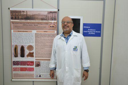 O professor Lázaro Silva, do Instituto de Biologia, coordena o projeto para conhecer o valor científico, tecnológico e econômico das madeiras