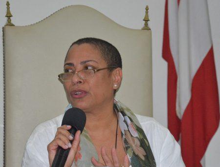 """Georgina Gonçalves: """"A vontade da comunidade não foi respeitada. Isso demonstra a vontade de subjugar a universidade"""""""