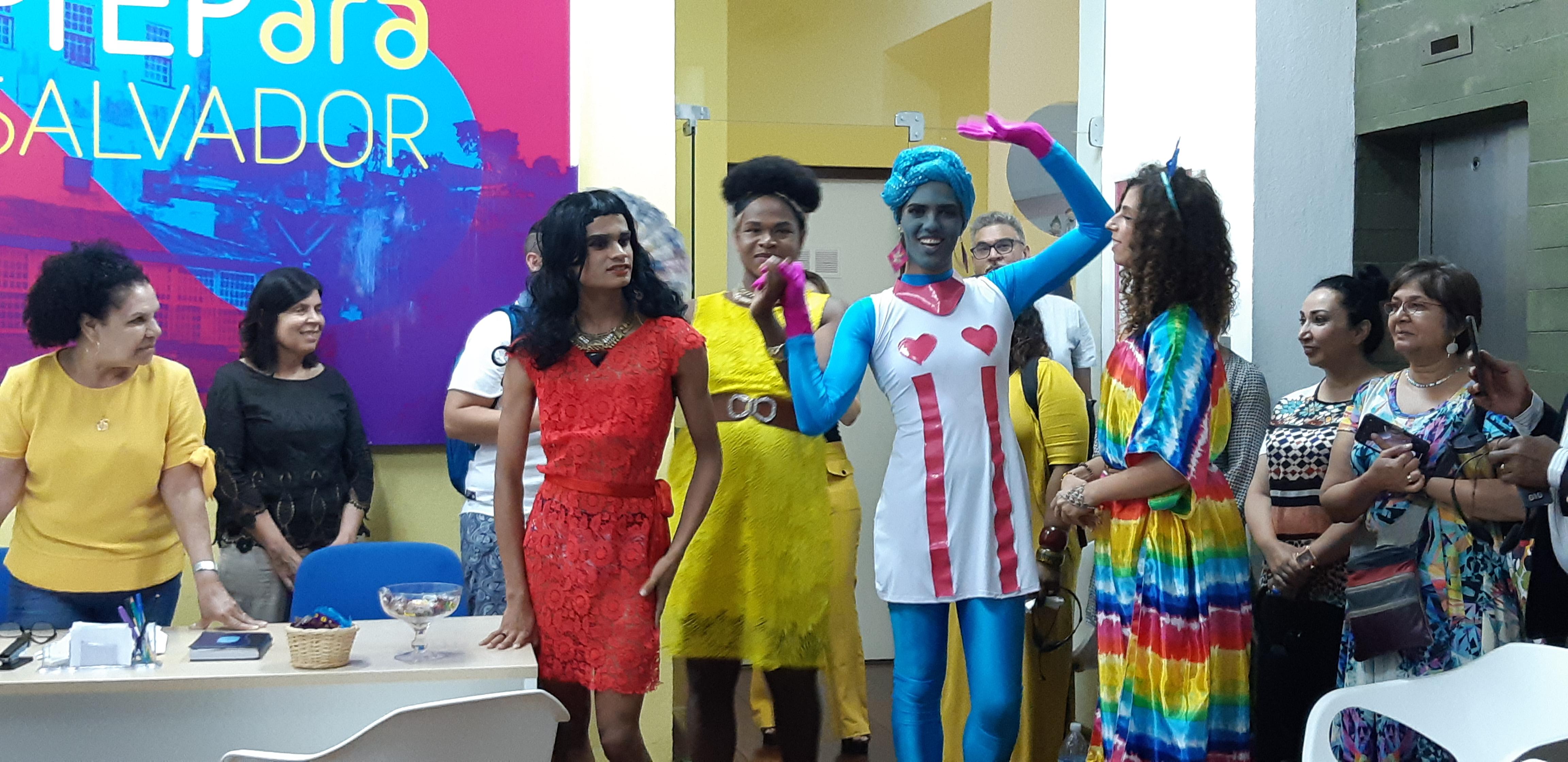 Queens apesentam espaço PrEPara Salvador, no Casarão da Diversidade