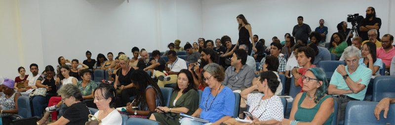 Público presente acompanhou com atenção os diversos painéis sobre aspectos relacionados ao desastre ambiental