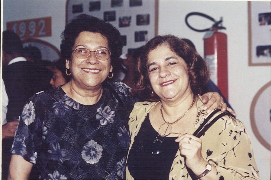 As professoras Guaraci Aodeodato (à esquerda) e Anete Brito.  Confira mais imagens no video de homenagem aos 50 anos do CRH/UFBA