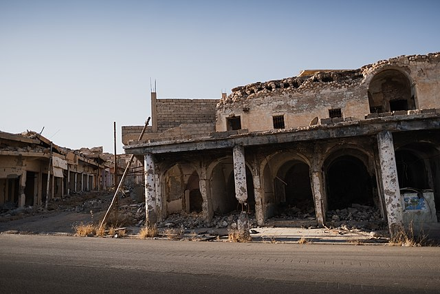 Photos of the destruction in the old city of Shingal (Sinjar) after war with the Islamic State (Foto: Levi Clancy - Wikipedia)