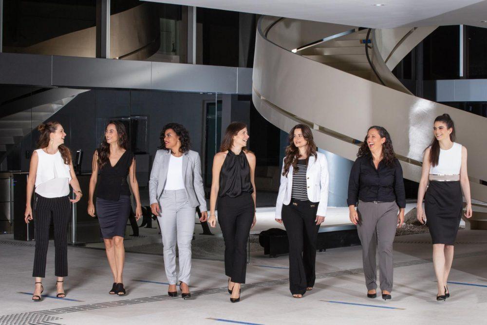 """O programa """"Para Mulheres na Ciência"""", promovido pela L'Oréal Brasil, em parceria com a UNESCO no Brasil e a Academia Brasileira de Ciências (ABC) premiou pesquisadoras das áreas de Ciências da Vida, Ciências Físicas, Ciências Químicas e Matemática"""